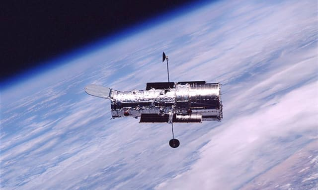 Hubble in orbit. (Image courtesy of Space Telescope Science Institute.)