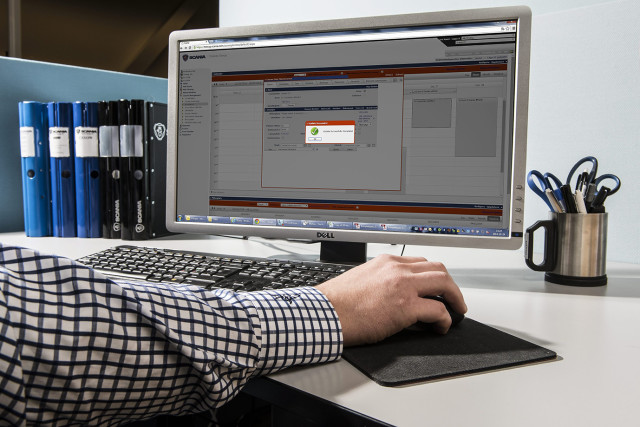 In future, the connected trucks will become an integral part of logistic systems. The picture shows Scania's connected services planning tool.