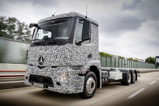 The Mercedes-Benz Urban eTruck. (Image courtesy of Daimler Trucks.)