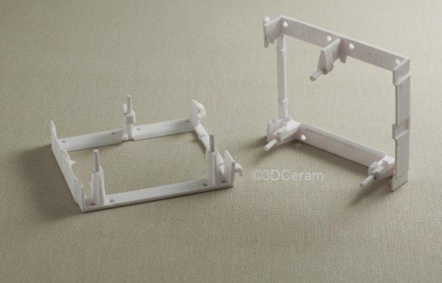 Prism holders 3D printed in alumina. (Image courtesy of 3DCeram.)