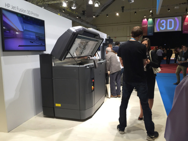 The new HP Multi Jet Fusion 3D printer was shown publicly for the first time in Spain.