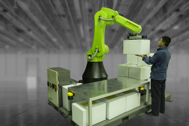 FANUC's new CR-35iA Collaborative Robot offers a heavy payload of up to 35 kg. (Image courtesy FANUC America.)