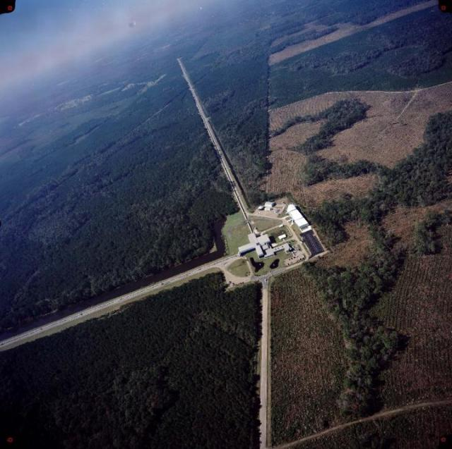The LIGO detector in Livingston, Louisiana. (Image courtesy of LIGO Laboratory.)