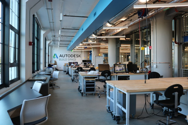 The facility includes spaces where teams can work and collaborate on designs before bringing them to life. (Image courtesy of Autodesk.)
