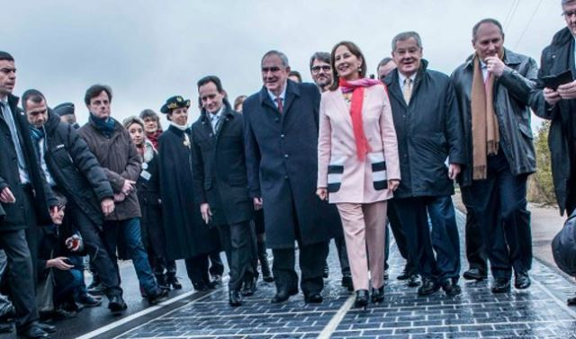 Ségolène Royal, Minister of Environment, Energy and Sea, inaugurates the Solar Roadway.  Image courtesy of Department of Environment, Energy and Sea (France)