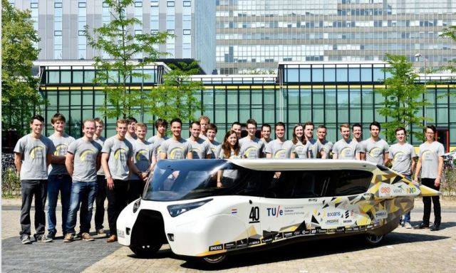 Net-Positive Solar EV Goes 600 Miles on a Charge and Carries Four Passengers
