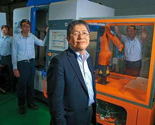 Tongtai Chairman J.H. Yen had interns write down all data related to the work done by master workmen to turn hands-on experience into quantifiable data. (Image courtesy of Tongtai Group.)