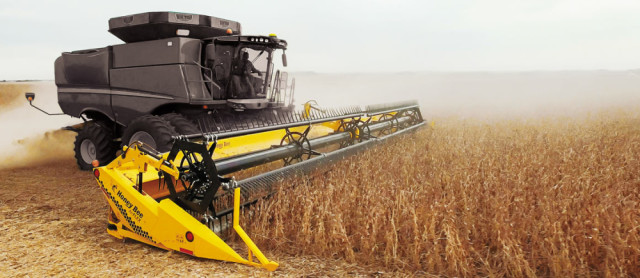 AirFLEX header for combine. (Image courtesy of HoneyBee Manufacturing.)