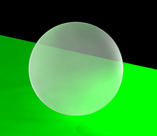 Figure 4. Transparent material applied on a spherical solid.