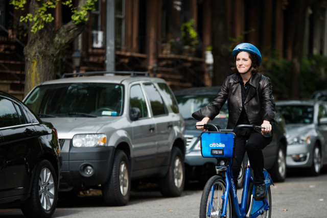 The EcoHelmet fills a gap in the bike share ecosystem. (Image courtesy of the Dyson Foundation.)