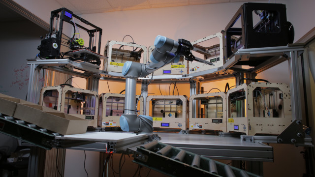 The Tend.ai platform is able to autonomously manage multiple 3D printers at once. (Image courtesy of Tend.ai.)