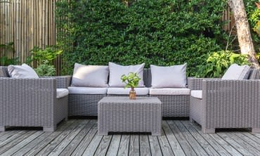 5 easy ways to prepare your outdoor area for spring