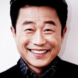 Lee Mun-sik頭像