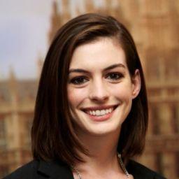 安妮夏菲維 Anne Hathaway