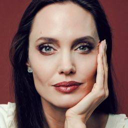 安祖蓮娜·祖莉 Angelina Jolie