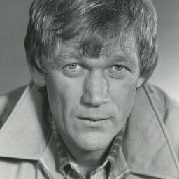 Bo Svenson頭像
