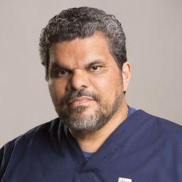 Luis Guzmán頭像