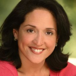 Elena Campbell-Martinez頭像