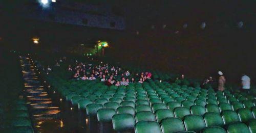 香港最後的大型戲院結業了
