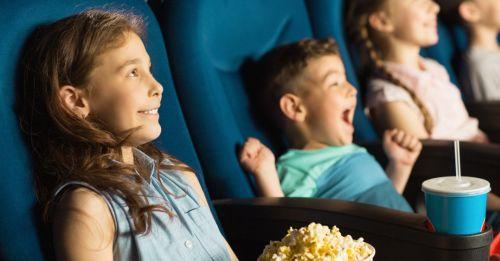 《經濟自然學》:為什麼亞洲國家的電影院要事先畫位,美國卻可以自由入座?