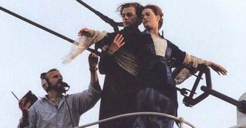 導演,你入鏡了!鐵達尼號、回到未來,經典電影原來這樣拍!
