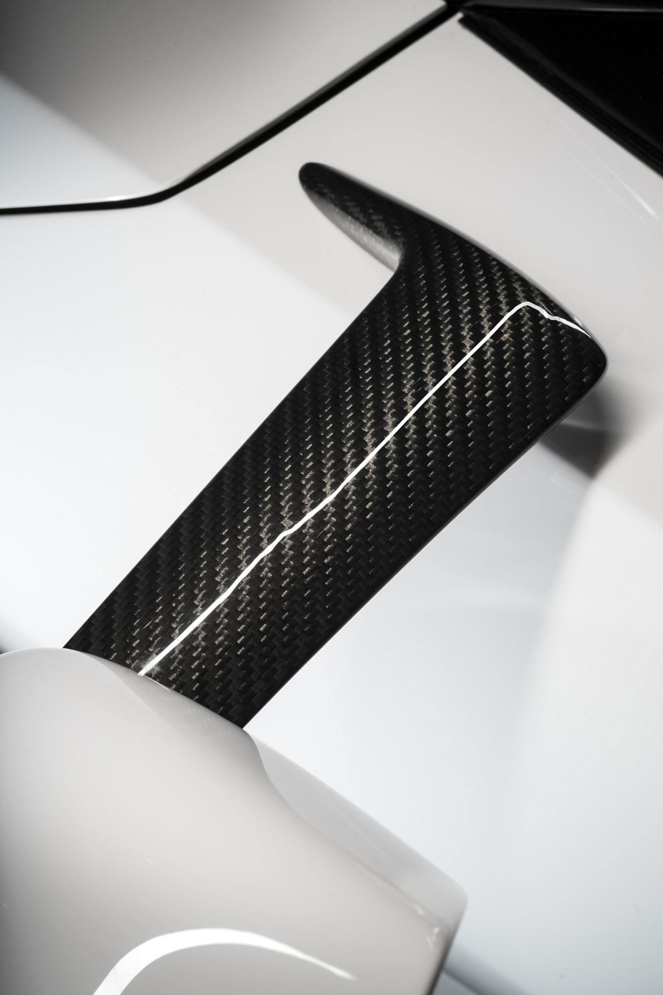 Formerna på Ford GT får en i bland att snarare tänka på ett abstrakt konstverk. Inget är dock gjort av en slump utan helt och hållet av aerodynamiska skäl.