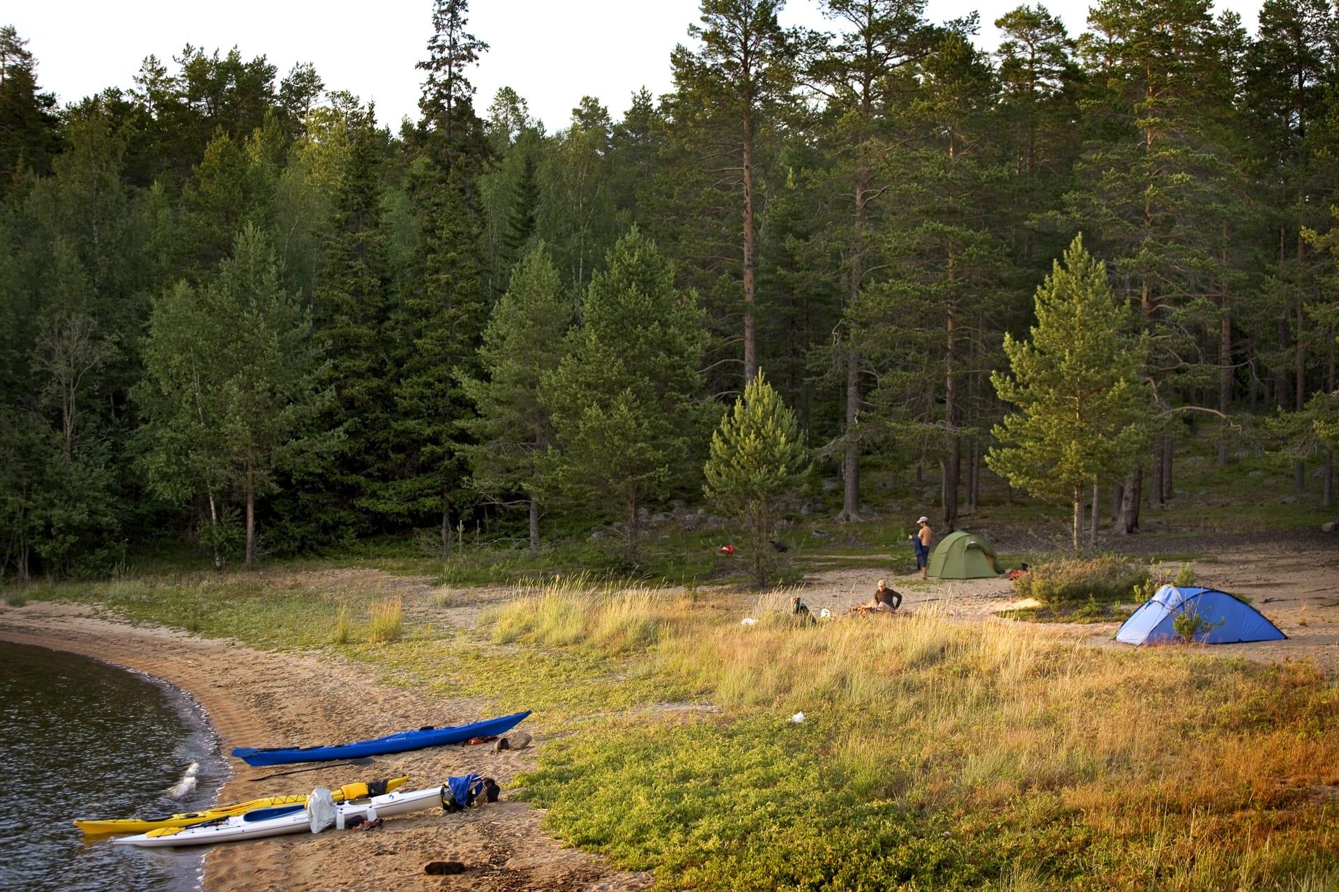 På Rövarna i norra delen av Luleå skärgård kan du ha en hel lagun för dig själv. Åtminstone kvällstid.
