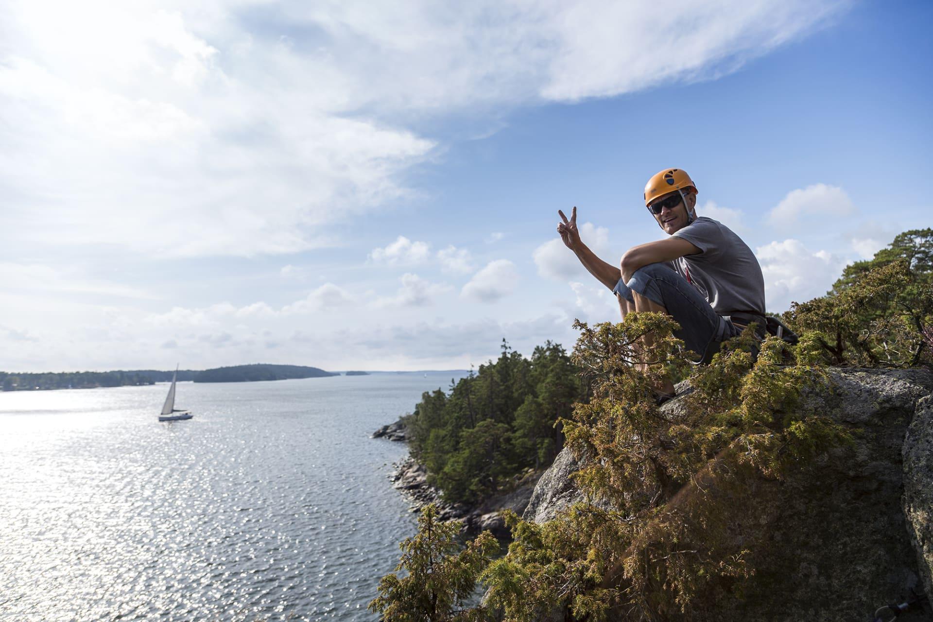 Kai Löfgren är klätterinstruktör på fritiden.