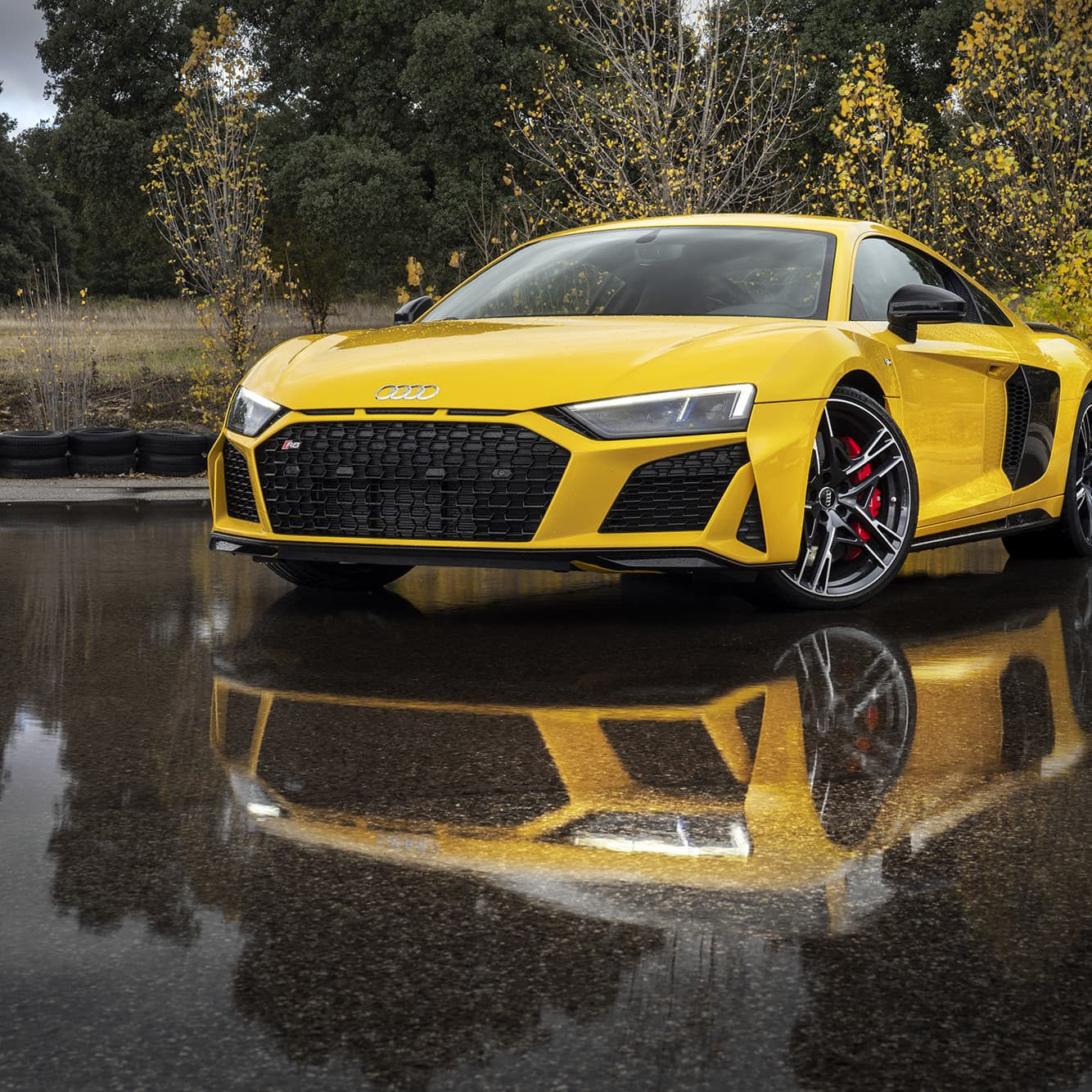 When it comes to the exterior, not a lot has changed since the previous generation of the R8. The inlets above the slightly wider grill, however, are new.