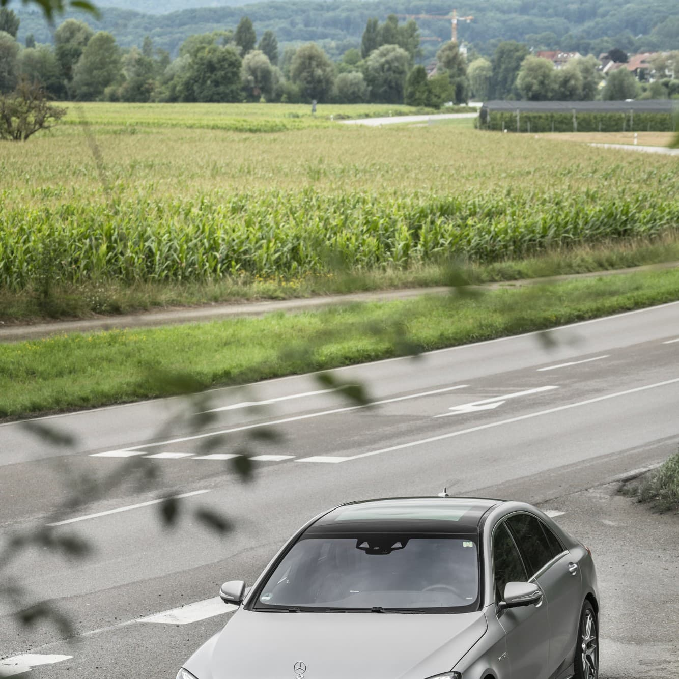 Nya Mercedes S63 AMG har fått en ny rundare front gentemot sin föregångare. Det kan vara svårt att skilja C-, E- och S-Klass om man inte vet vad man ska titta efter.