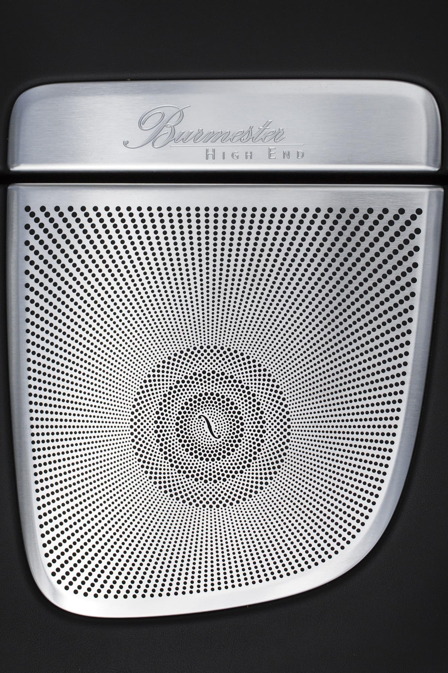 Ljudet från de 24 högtalarna i Burmester-systemet är en fulländat.
