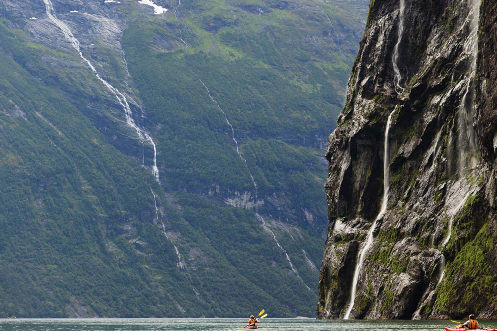 """Vattenfallet """"De syv söstrerne"""" ligger i starten av paddlingen."""