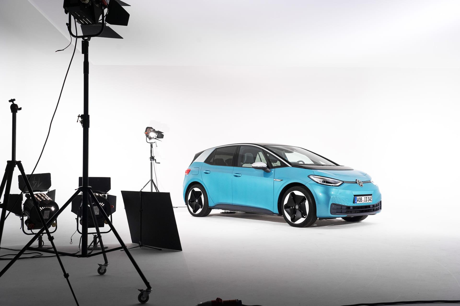 Vi fick en exklusiv stund med nya ID.3 i Volkswagens egna fotostudio i Wolfsburg veckan innan den visades för almenheten på Frankfurts bilsalong.