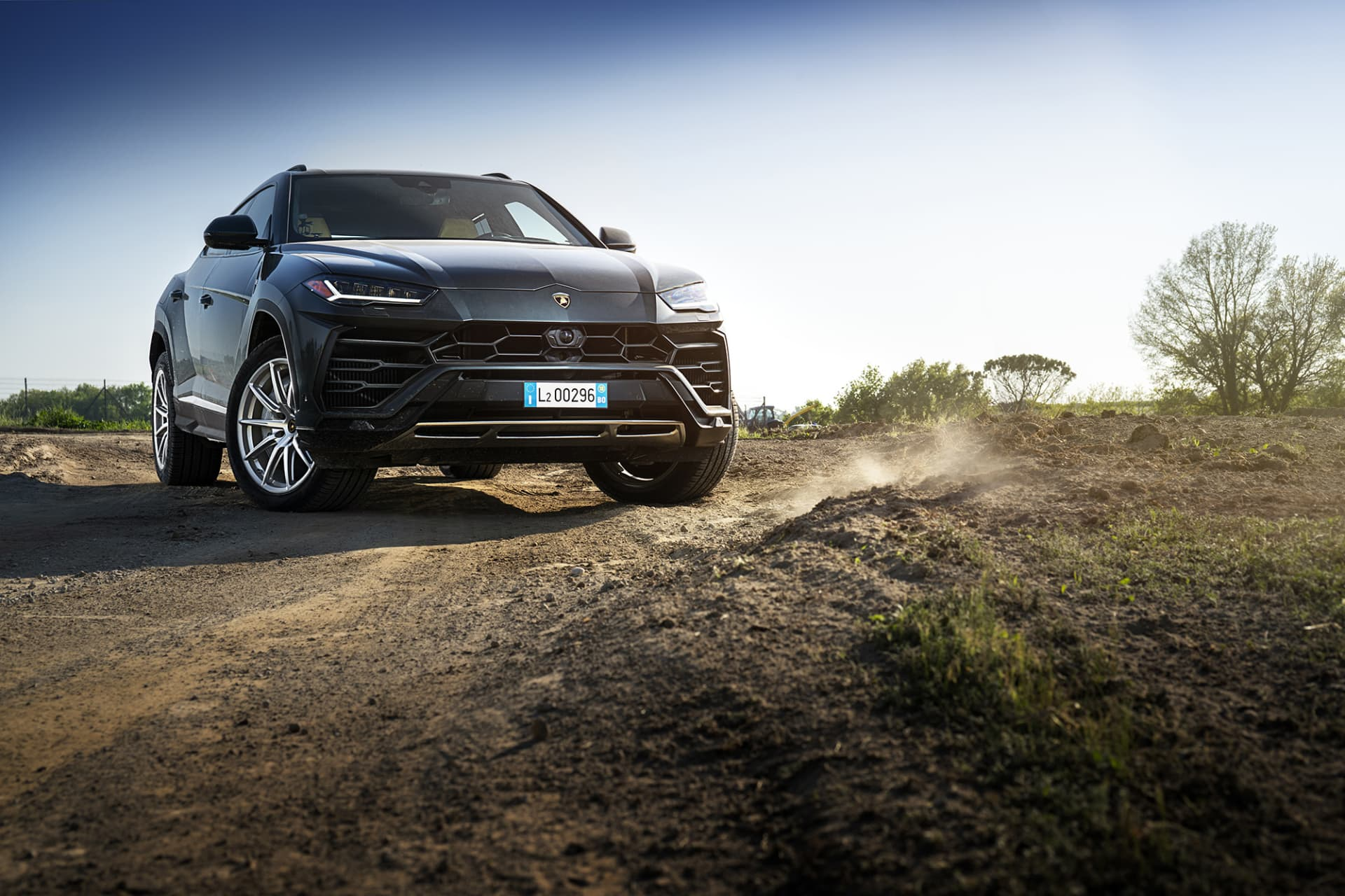 Urus is the new bull from San't Agata Bolognese who is not afraid of little dust and gravel.