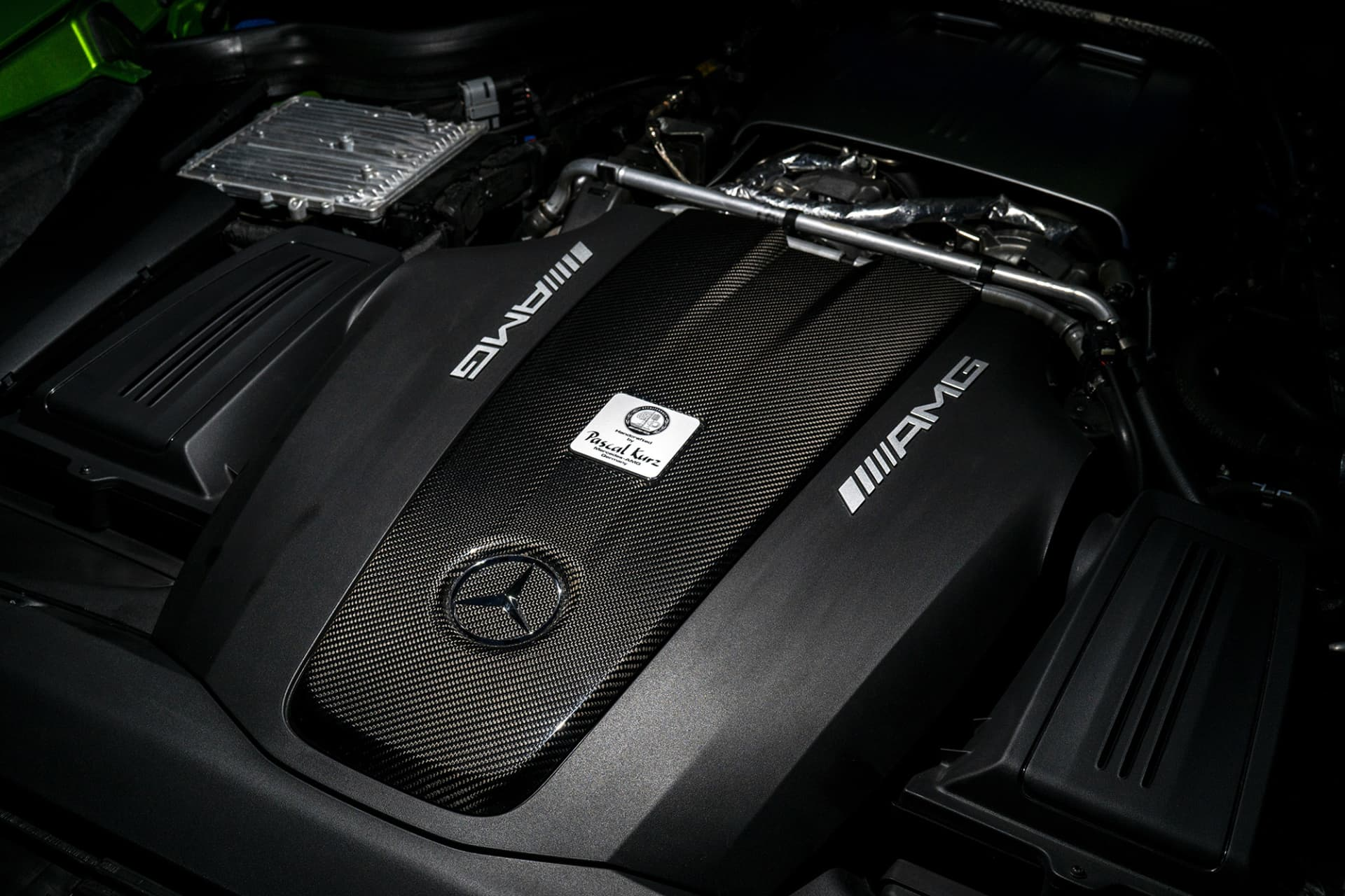 The AMG GT R engine is a V8 with 585 horse power.