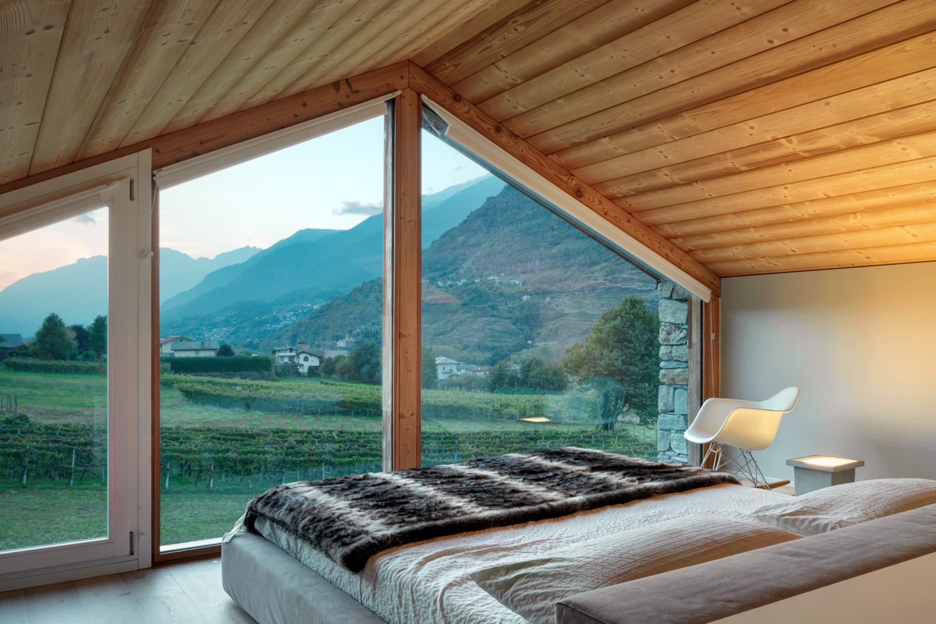 When the sun sets the bedroom gets its most quiet and outstanding view.