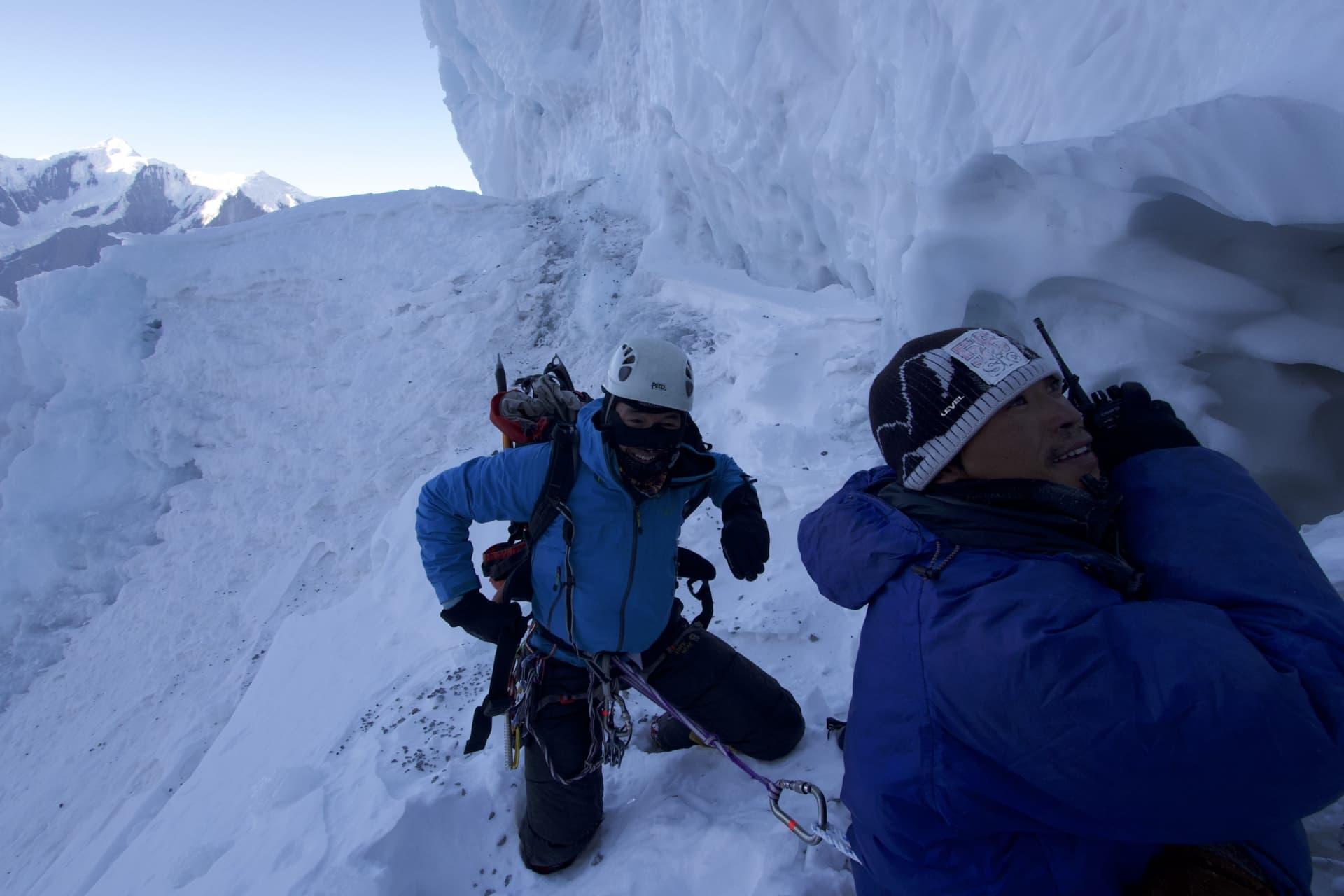 Vår högsta punkt på Annapurna. Det var dumt att fortsätta. Kastvindarna ovanför oss var i genomsnitt 150 km/h.