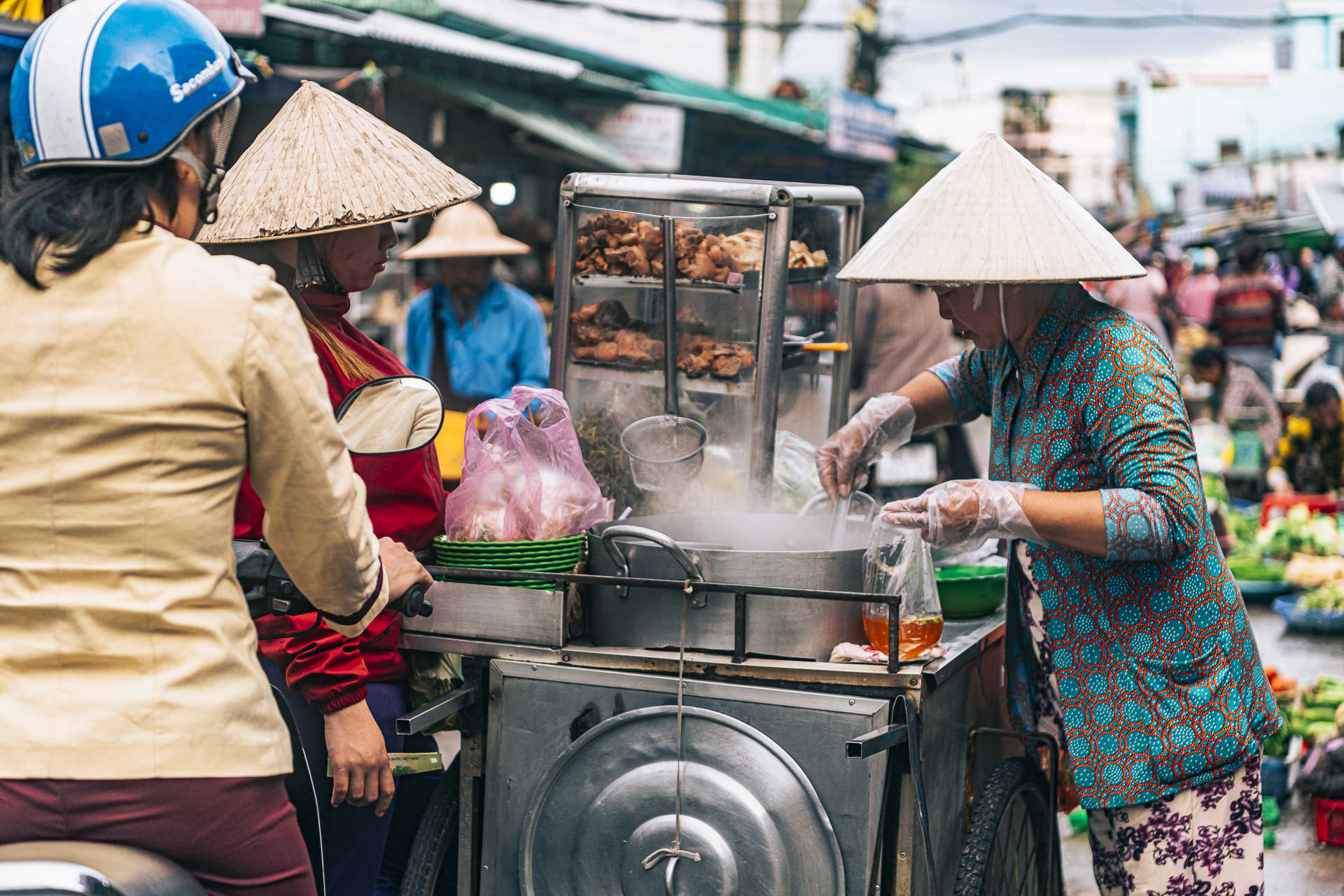 Breakfast is served at the Duong Dong market.
