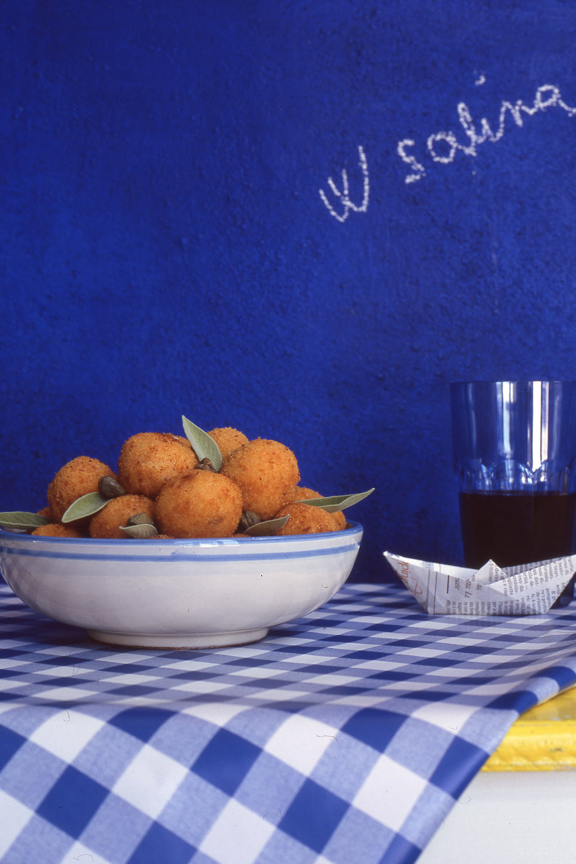 Arancini di couscous, atthe restaurant 'Nni Lausta.