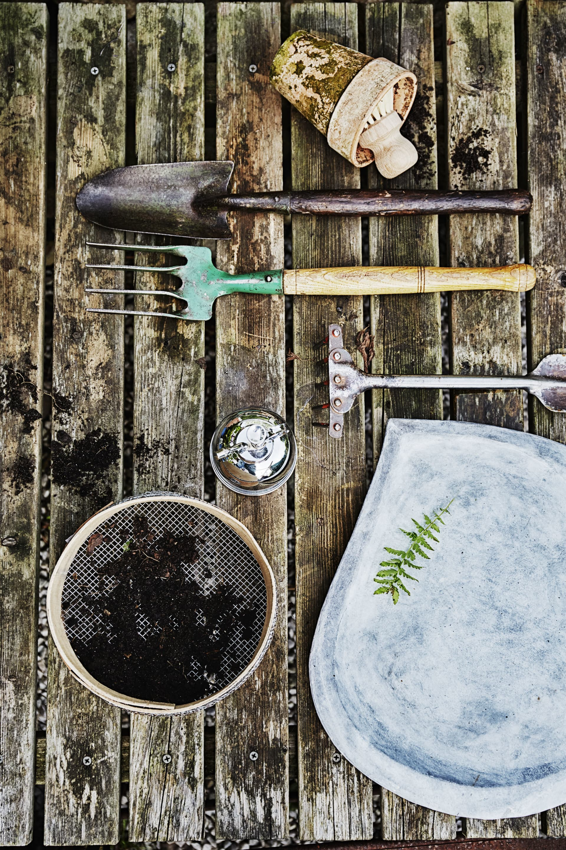 Kratta, grep och spade, Burton Ball,Gislövs trädgårdar och Almaregården