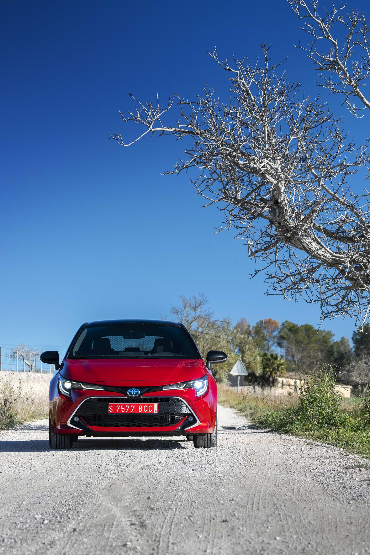 Om nya Corolla kommer fortsätta göra modellen till en av världen mest sålda bilmodeller låter vi vara osagt. Att den säkerligen kommer sälja bättre en Auris vågar vi nog svara ja på. Den känns som en ordentligt lyft i jämförelse med sin tillfälliga ersättare.