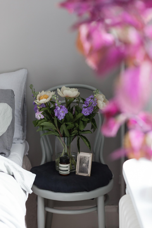 En underbar blombukett ger extra mycket sommarkänsla inomhus.