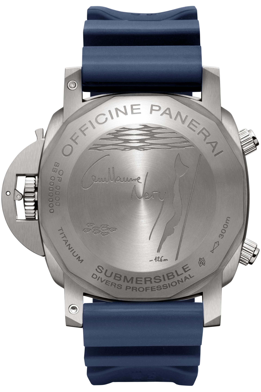 Den nya klockan Panerai Submersible Chrono – Guillaume Néry edition har fridykarensvärldsrekord126 m ingraverat på baksidan av boetten.