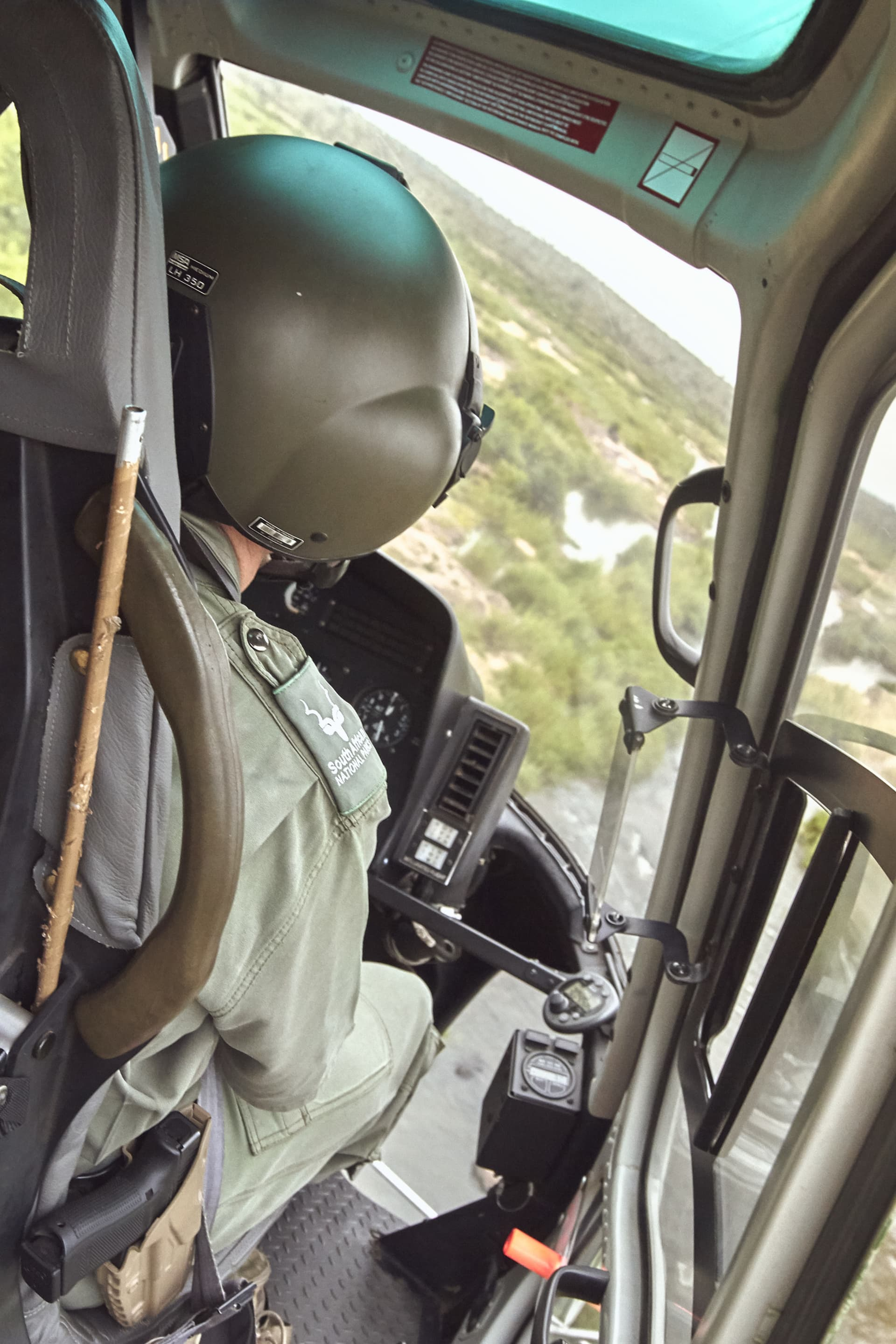 Having served in the police force for many years, our pilot Brad has developed a strong passion for working in the bush.