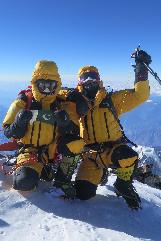 Italienaren Simone More har gjort sig ett namn inom vinterklättringen på 8000 m berg det sista årtiondet och hans CV är minst sagt imponerande med bl.a. första bestigning av Shishapangma, G2 och Nanga Parbat vintertid.