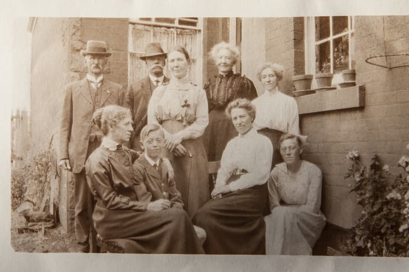 The Stonemasons family, the original inhabitants of Meadowbank.