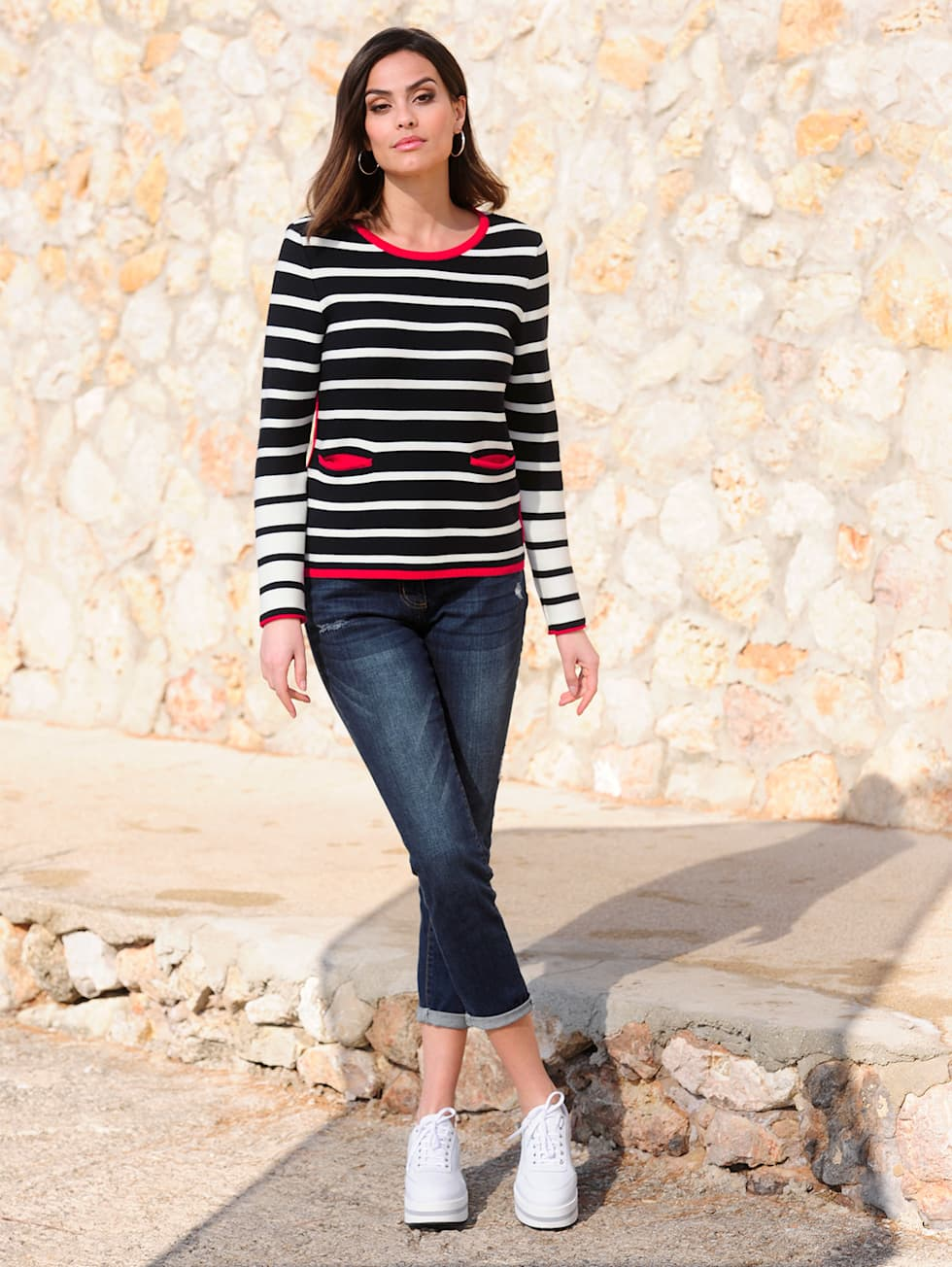 HW21_Outfit_Classic_Stripes