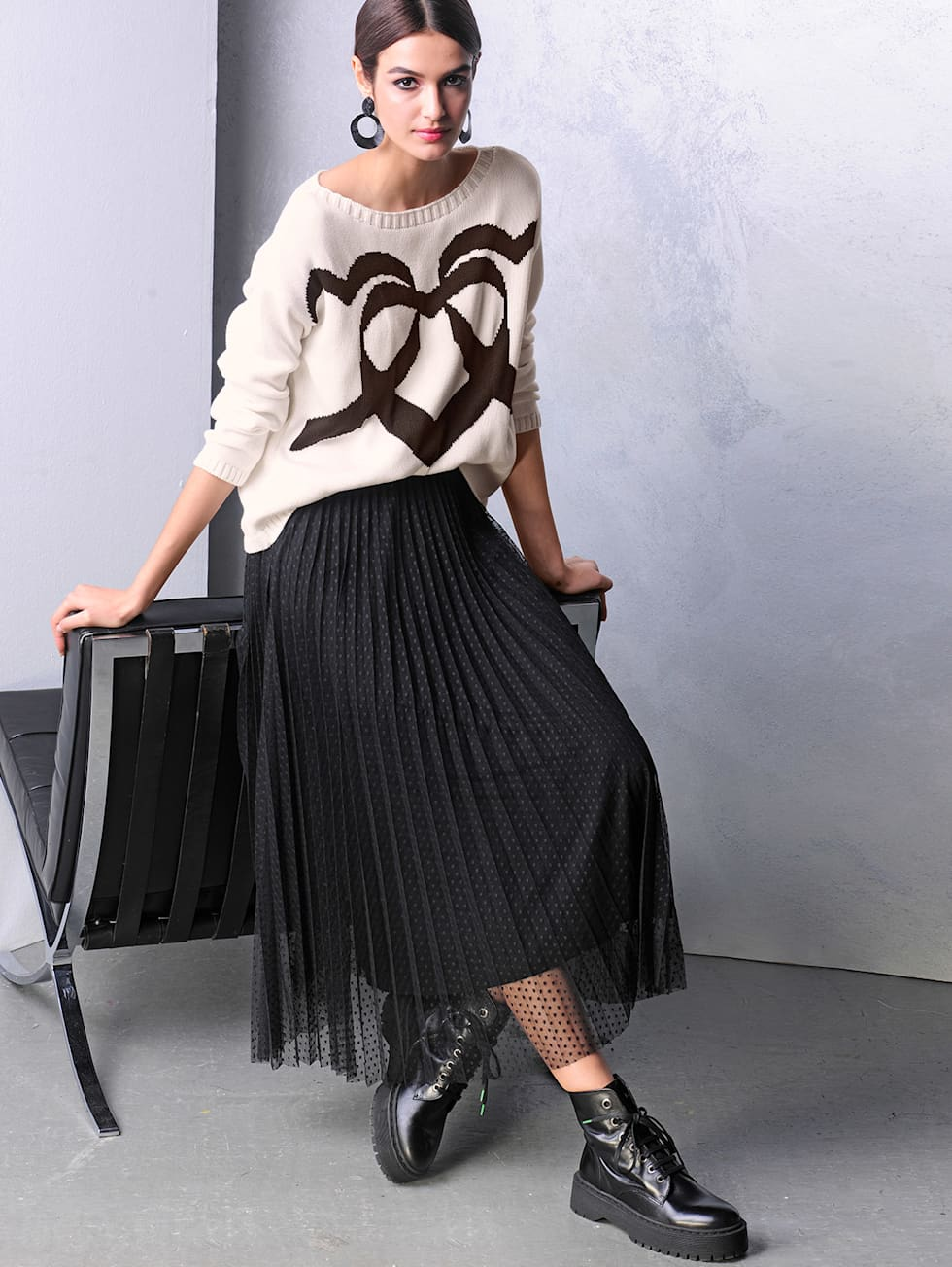 KW26_Outfit_Black & White
