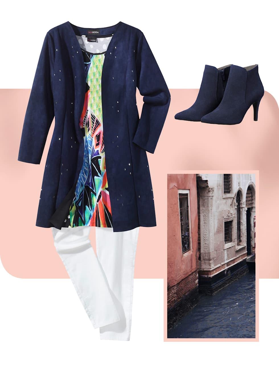 MIAMODA Grosse Grössen Kampagne strahlende Farben - Outfit in der Farbe blau