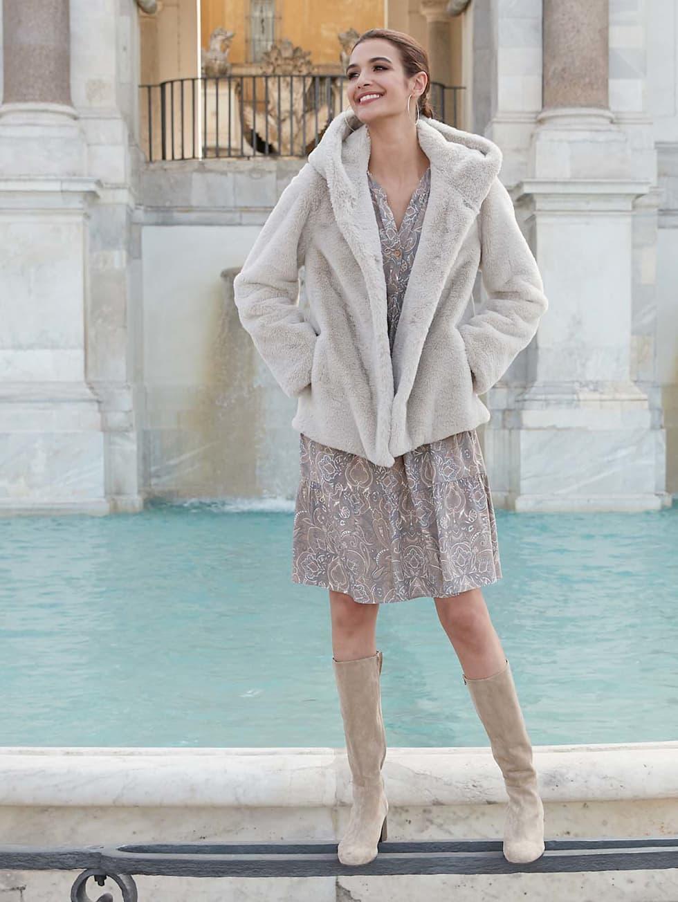 HW21_Outfitteaser_Eleganter_Winter_Look_2
